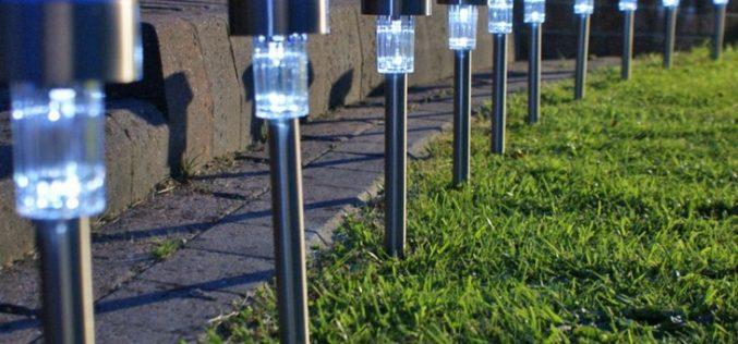 Lampu Hias Taman Tenaga Solar