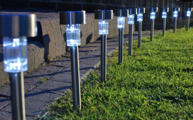 Lampu Hias Taman Tenaga Solar Teknologi Terkini