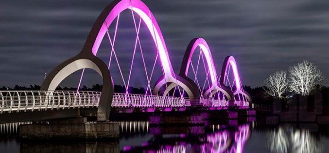 Lampu Hias Jembatan