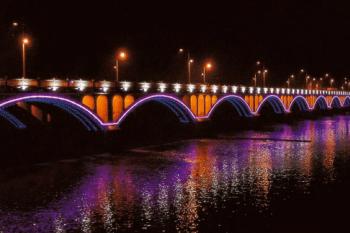 Jasa pembuatan lampu neon flex untuk jembatan