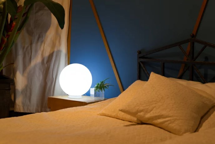 Jual lampu Bola untuk memperindah kamar