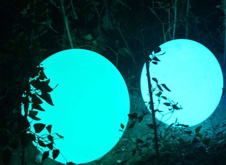 Lampu BOla untuk halaman rumah dan Taman