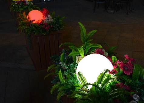 Lampu Taman Bola Untuk KeindahanTaman Anda
